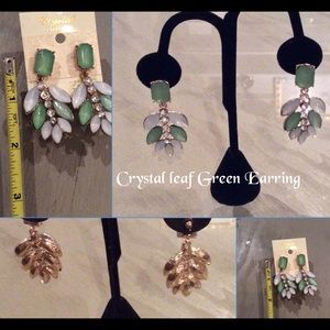 Crystal Collection Drop Leaf Green Earring